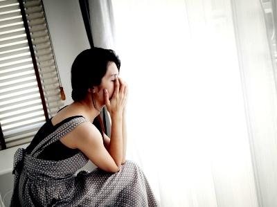 Woman crying © FrameAngel | freedigitalphotos.net