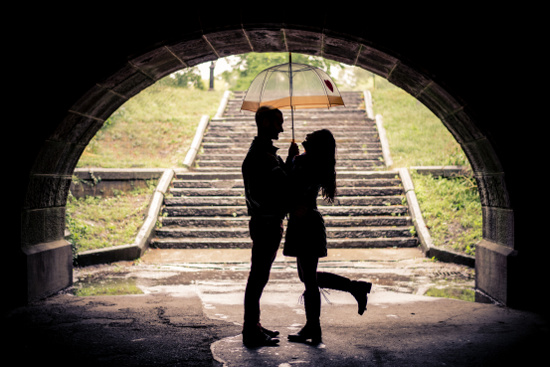 Couple under a bridge © oneinchpunch | dollarphotoclub.com