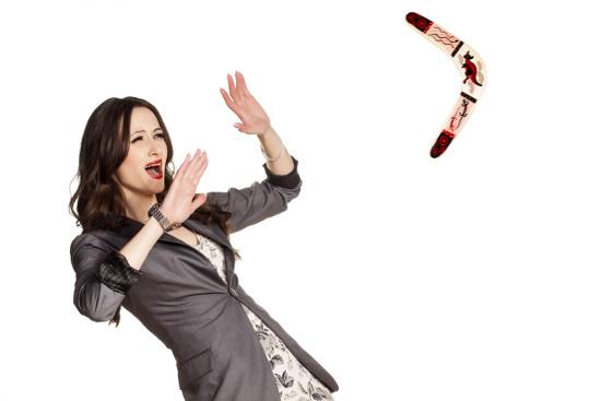 Boomerang about to hit a woman © vladimirfloyd | dollarphotoclub.com