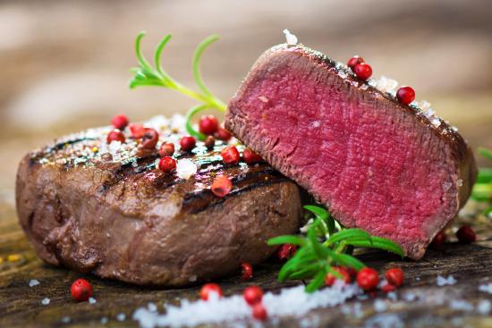 Rare beef © Dani Vincek | dollarphotoclub.com