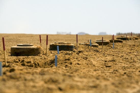 Row of mines © diego cervo | stock.adobe.com