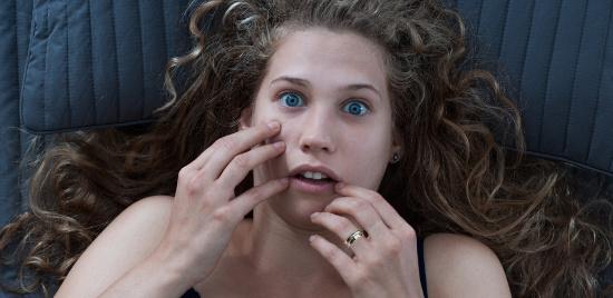 Scared woman © Photographee.eu | stock.adobe.com