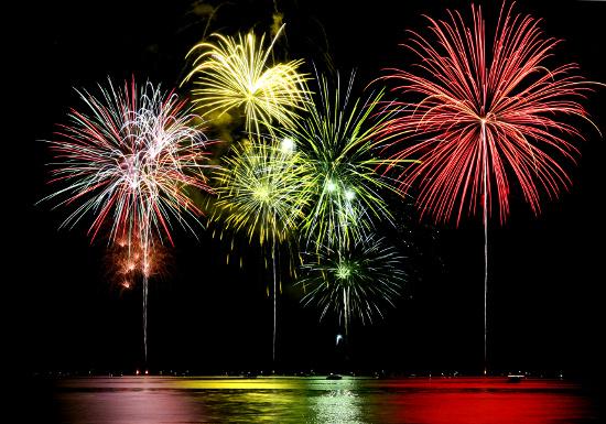 Fireworks © Sherri Camp | stock.adobe.com